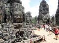 05-Angkor-ThomF-L120